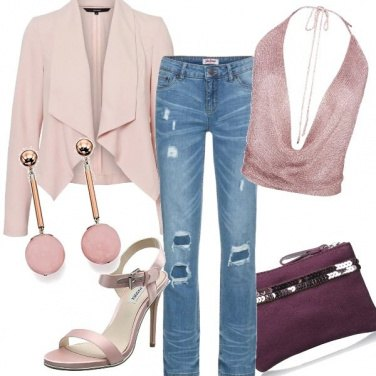 Outfit Jeans e rosa cipria