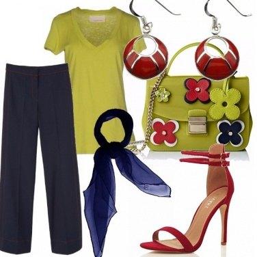 Outfit Verde prato...blu e rosso!