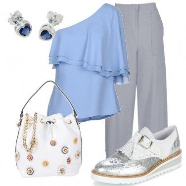 Outfit Monospallla in ufficio