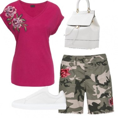 Outfit Army and rose