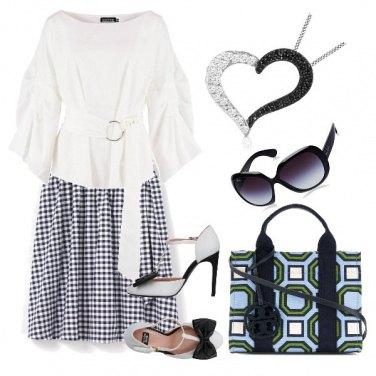 Outfit Cuore bianco e nero