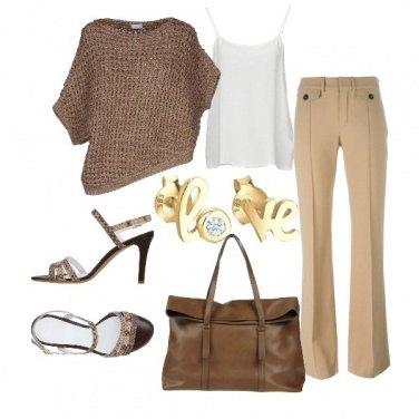 Outfit Toni sabbia