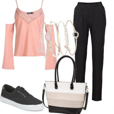 Outfit A spalle scoperte
