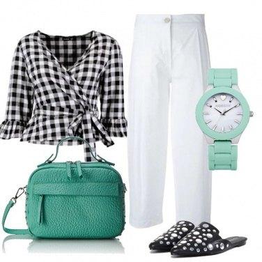 Outfit Bianconero e menta