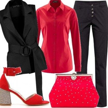 Outfit Primo appuntamento in rosso e nero