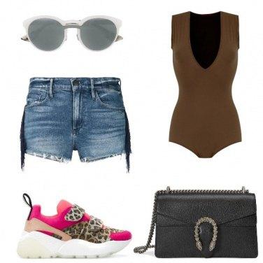 Outfit Gli shorts di jeans