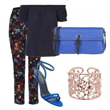 Outfit Sandali Blu