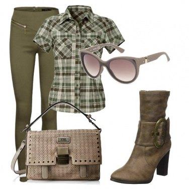 Outfit Sui toni del verde