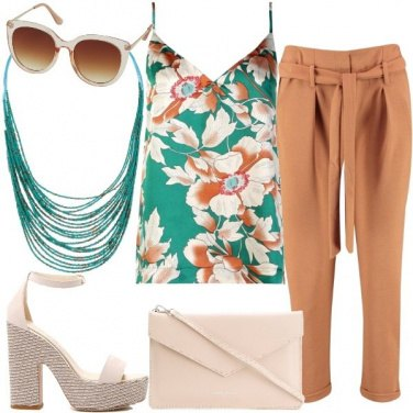 Outfit Top floreale