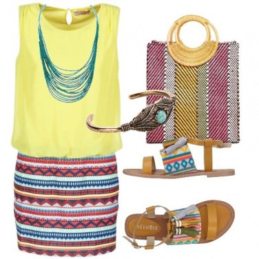 Outfit Sandali con nappine