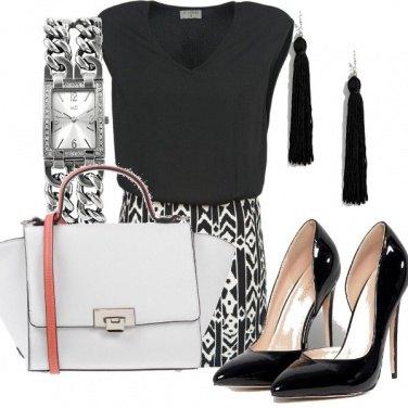 Outfit Bianco e nero in ufficio