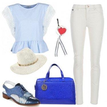 Outfit Glam con i toni del blu