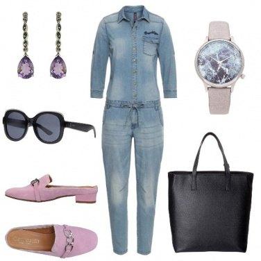 Outfit Tuta di jeans e slippers