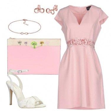 Outfit Invitata rosa
