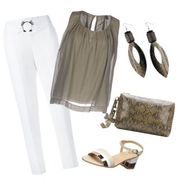 Outfit In verde e bianco