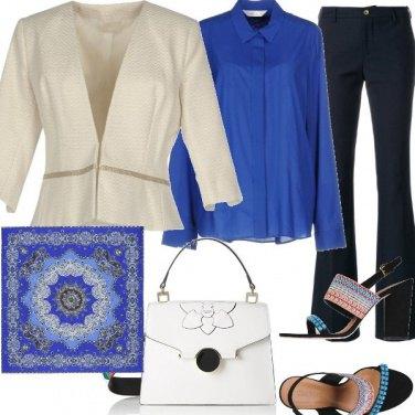 Outfit Dettagli turchese