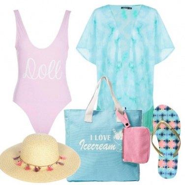 Outfit Colori pastello in spiaggia low cost