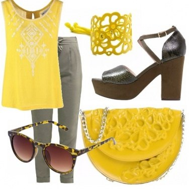 Outfit Giallo tatoo
