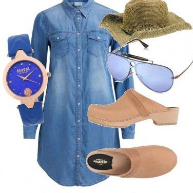 Outfit La comodità del vestito di jeans
