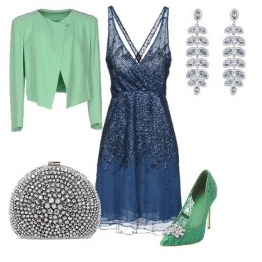 Outfit Verde brillante e blu scintillante