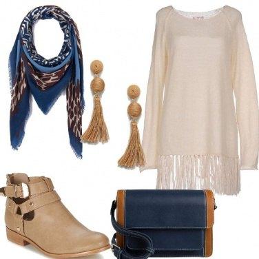 Outfit Nude e blu
