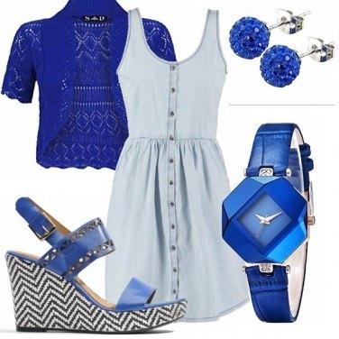 Outfit Elettrico blu