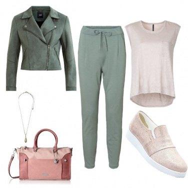 Outfit Comodi in rosa