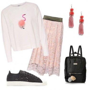 Outfit Flamingo e pompon