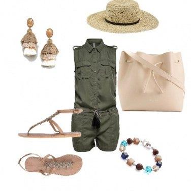 Outfit A passeggio per la citta\'