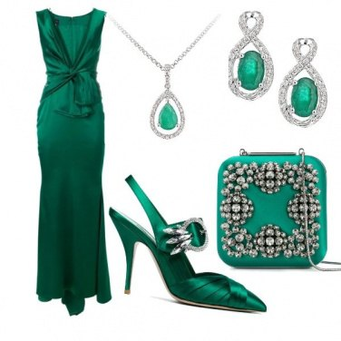 Outfit Green status