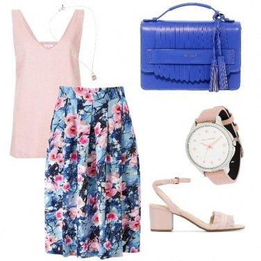 Outfit Primavera con fiori