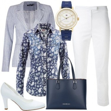 Outfit Bianco e blu in ufficio
