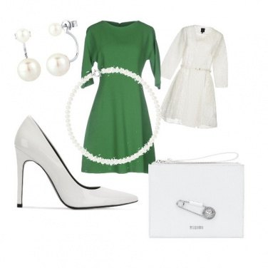 Outfit Bianco verde