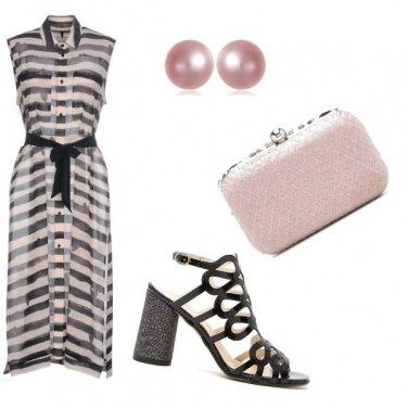 Outfit Elegante con un tocco di rosa