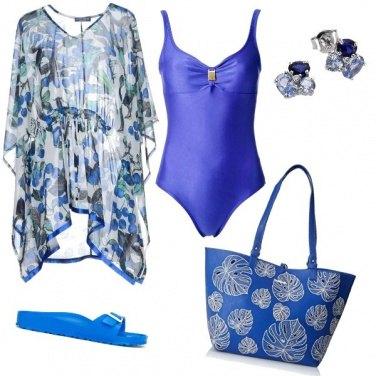 Outfit In spiaggia in azzurro