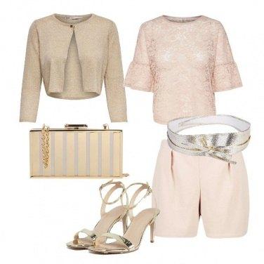 Outfit Nude e oro