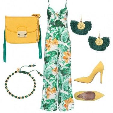 Outfit Tuta fantasia verde