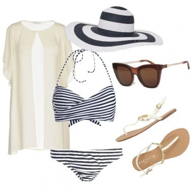 Outfit Semplice in spiaggia