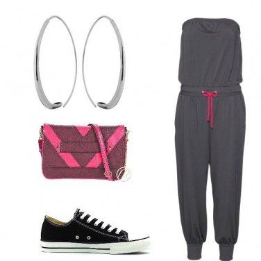Outfit Jumpsuit con scollo a fascia