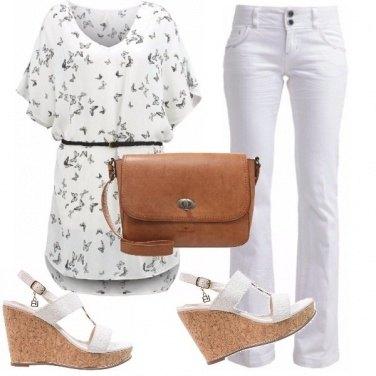 Outfit Tempo libero con colori chiari
