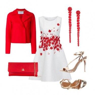 Outfit Una cascata di fiori rossi