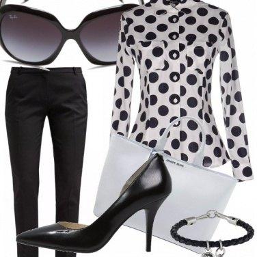 Outfit Bianco e nero per l\'ufficio