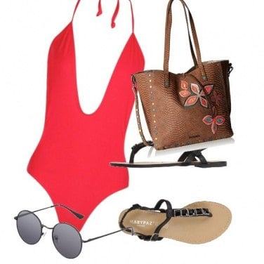 Outfit Rosso in spiaggia