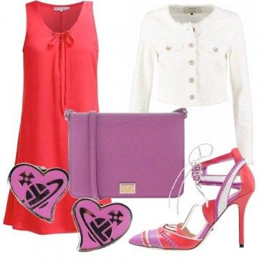 Outfit Corallo e viola