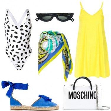 Outfit Il copricostume giallo