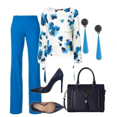 Outfit Blue flowers