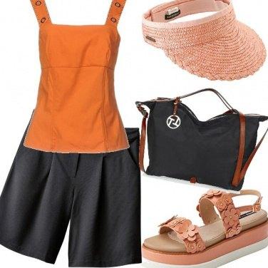 Outfit Gita in nero e arancio