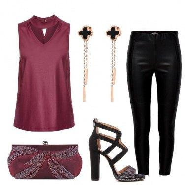 Outfit Pantaloni e tacco undici