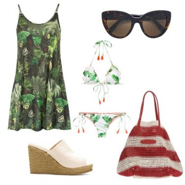 Outfit In spiaggia all\'alba