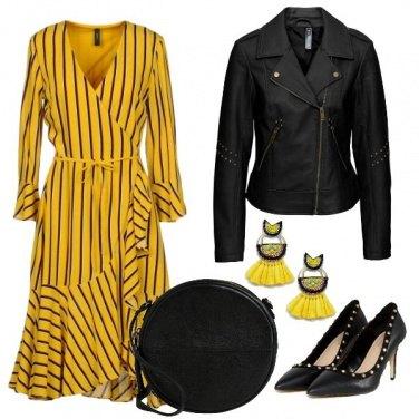 Outfit Volant e chiodo